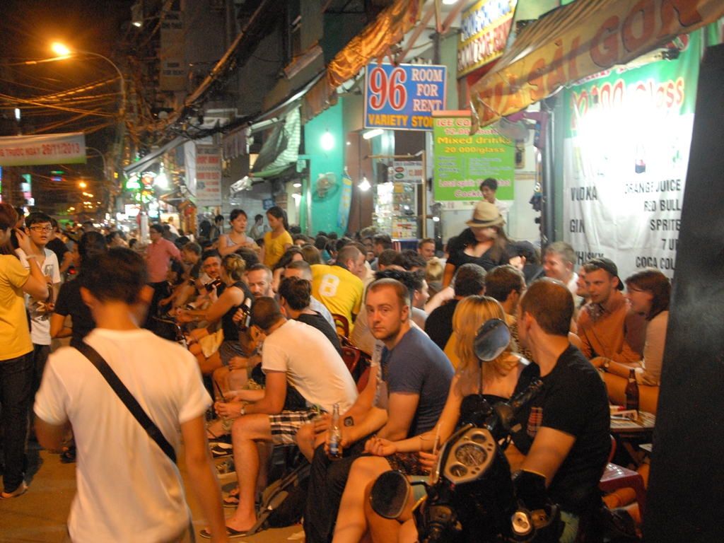 Cheap Flights From The US To Saigon Are Opportunity For Americans To Travel - Ha Food Tours