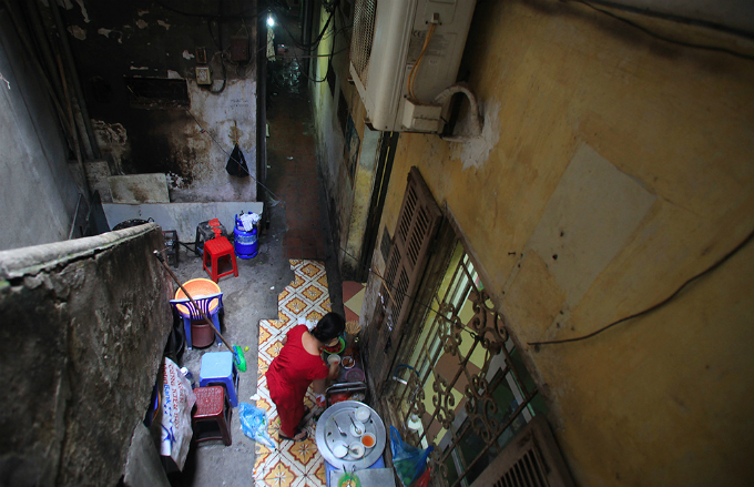 Walking Through Hidden Hanoi's Alley