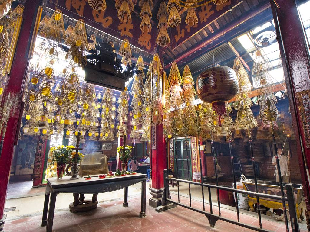 Inside Chinese Ong Temple In Can Tho