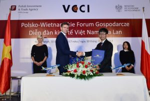 Vietnam and Poland Airlines Cooperation Agreement