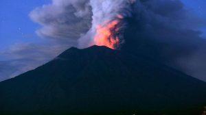 Bali International Airport Closure Extends Due To Agung Eruption