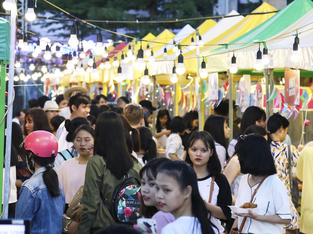 First Danang Night Market Is Developed - Ha Food Tours